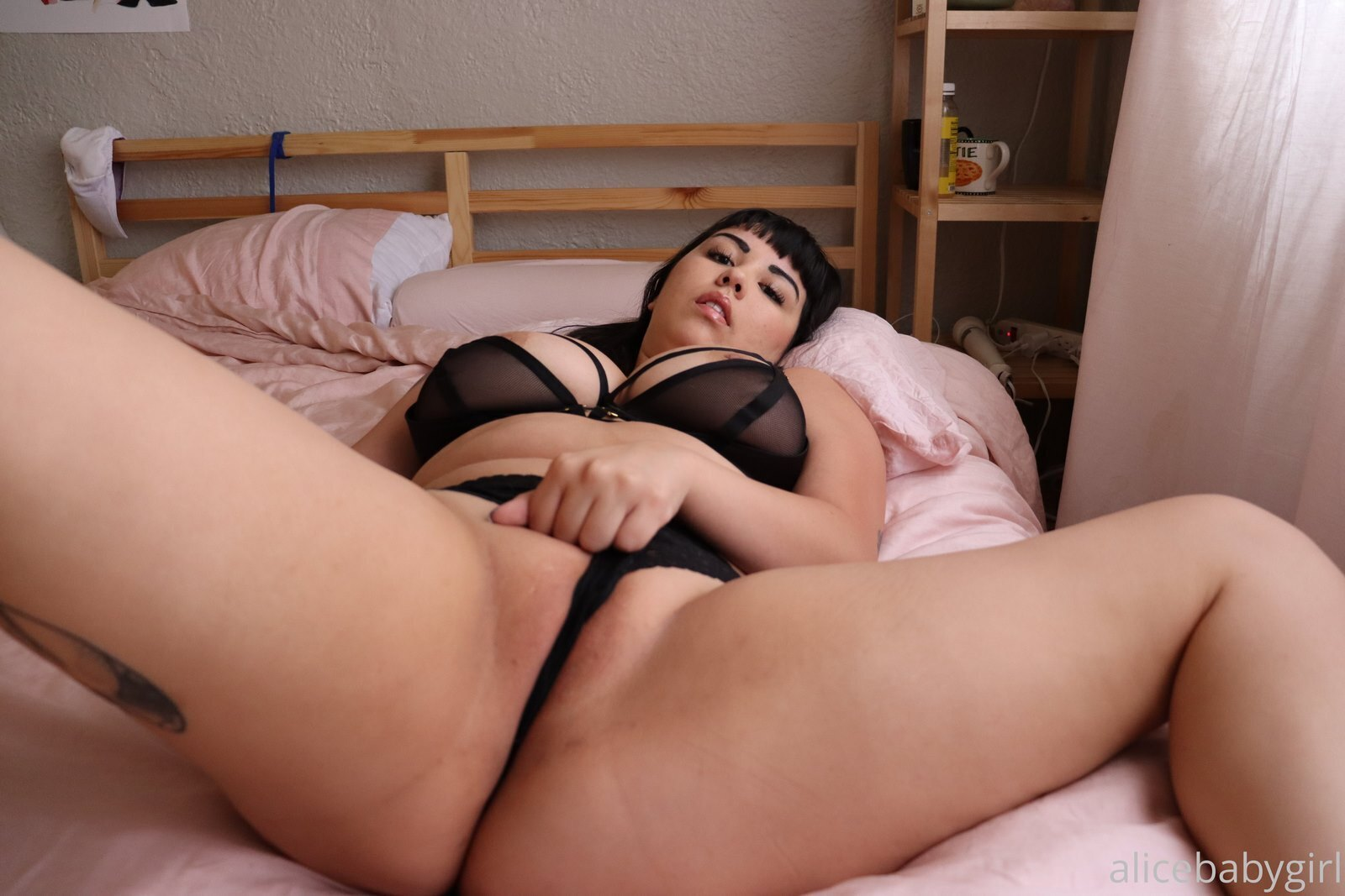 Alice Baby Girl, chica bisexual onlyfans