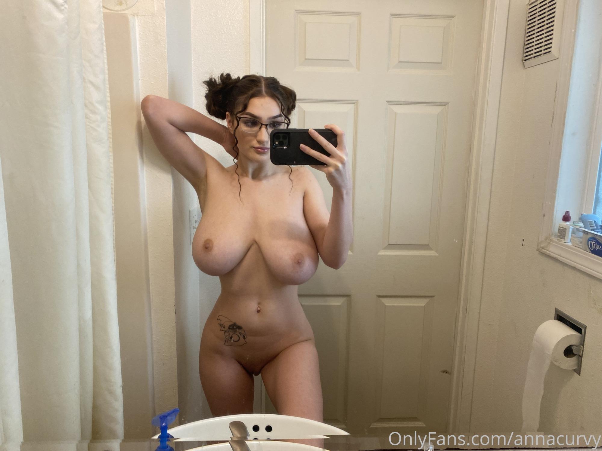 Anna Curvy tetona fotos onlyfans chicas con tetas grandes