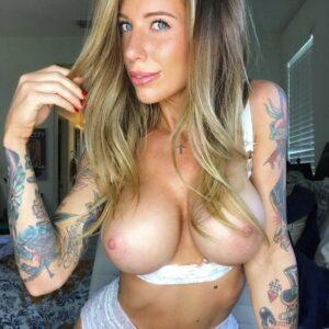 Fotos Guapas chicas amateurs Tetonas y tatuadas