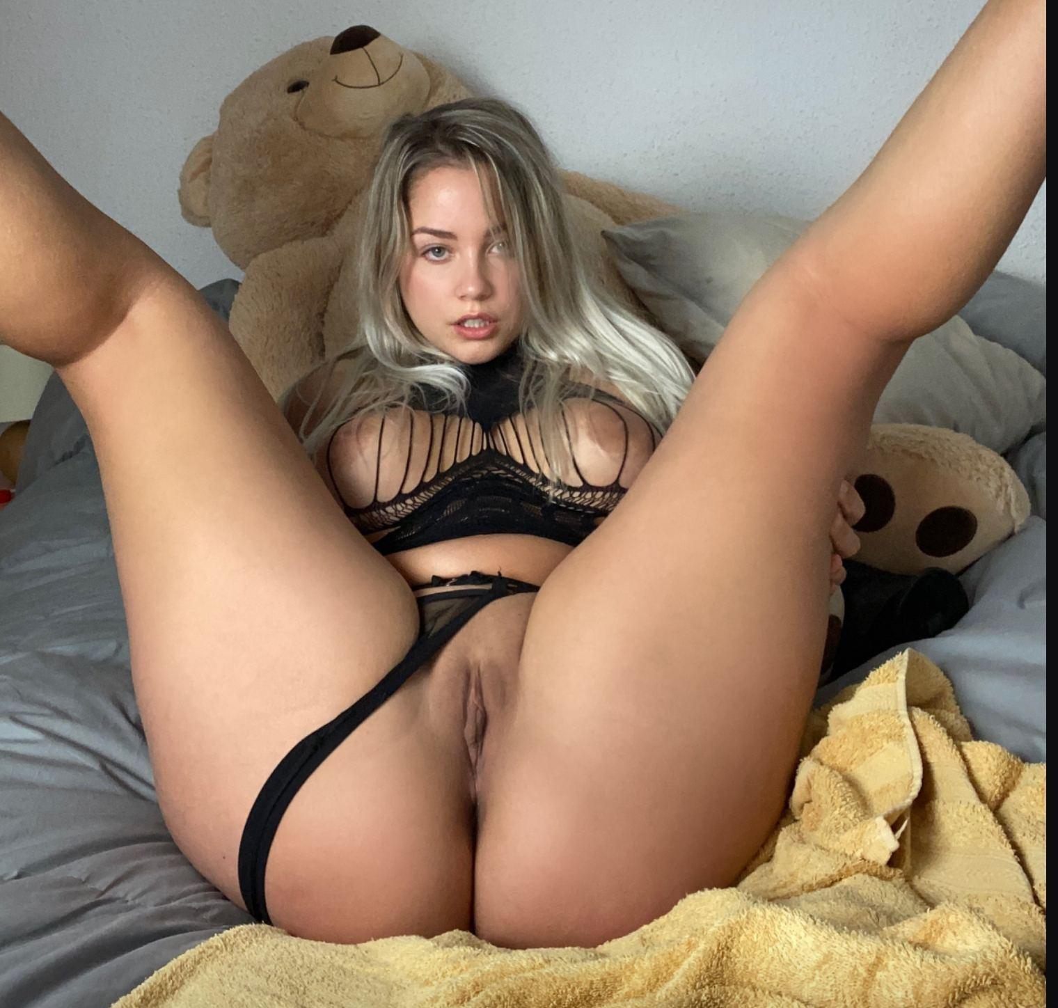 Paola CelebTv onlyfans fotos calientes 2