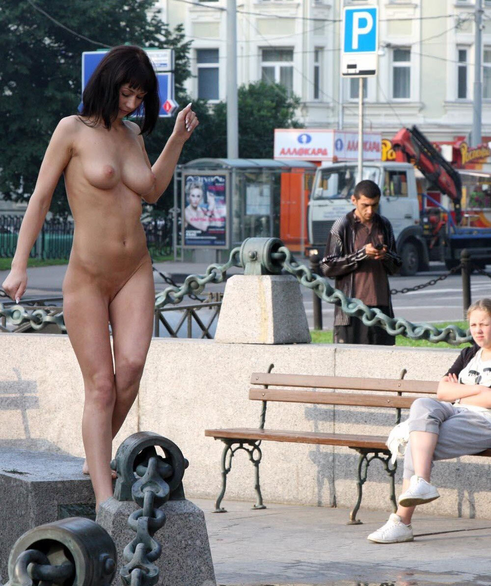 Desnudas en Publico - Flashing Chicas en la calle y desnudas