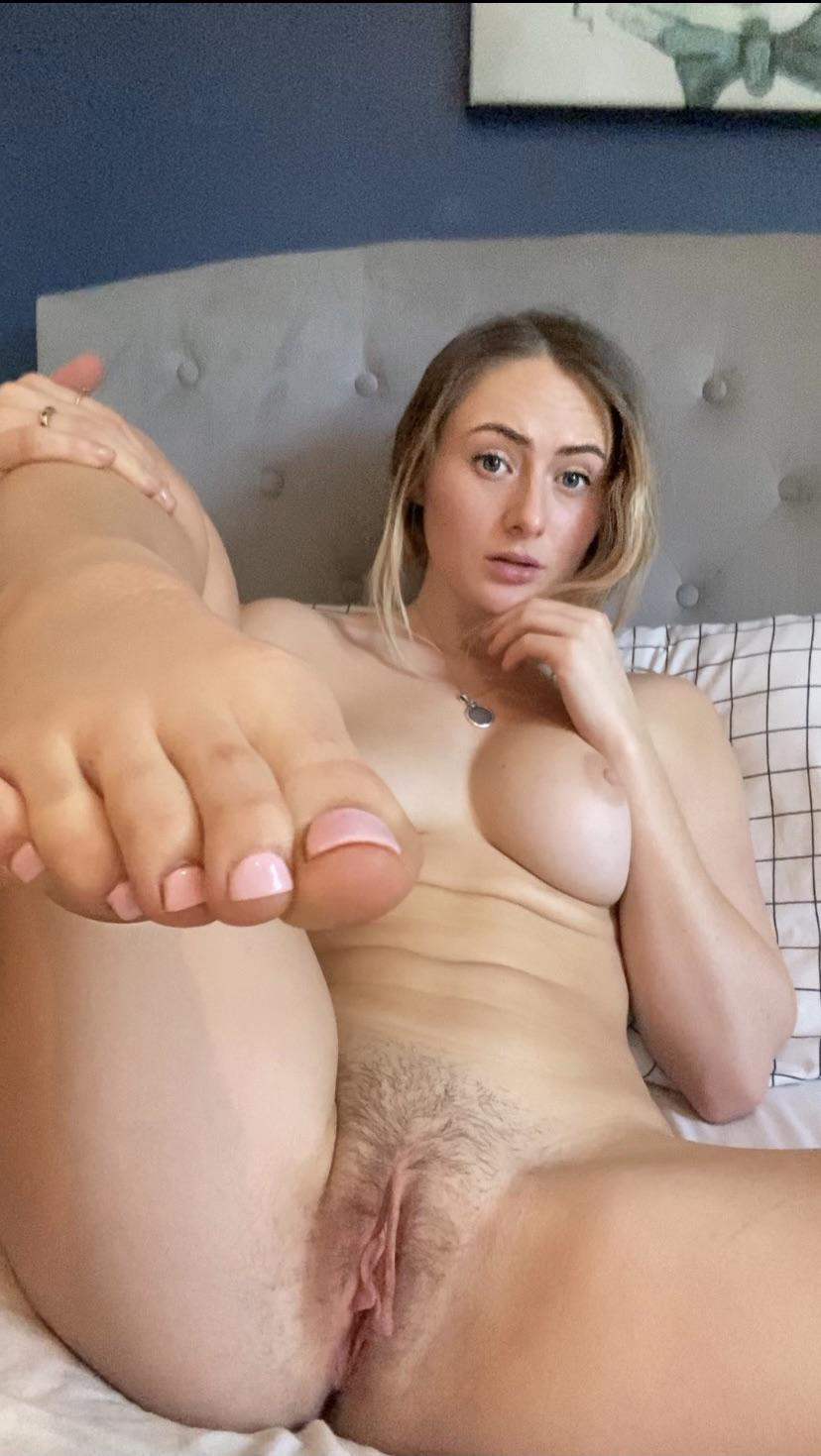 Puritanas y Guarras calientes XXX Chicas amateurs de las más guarras fotos porno gratis.