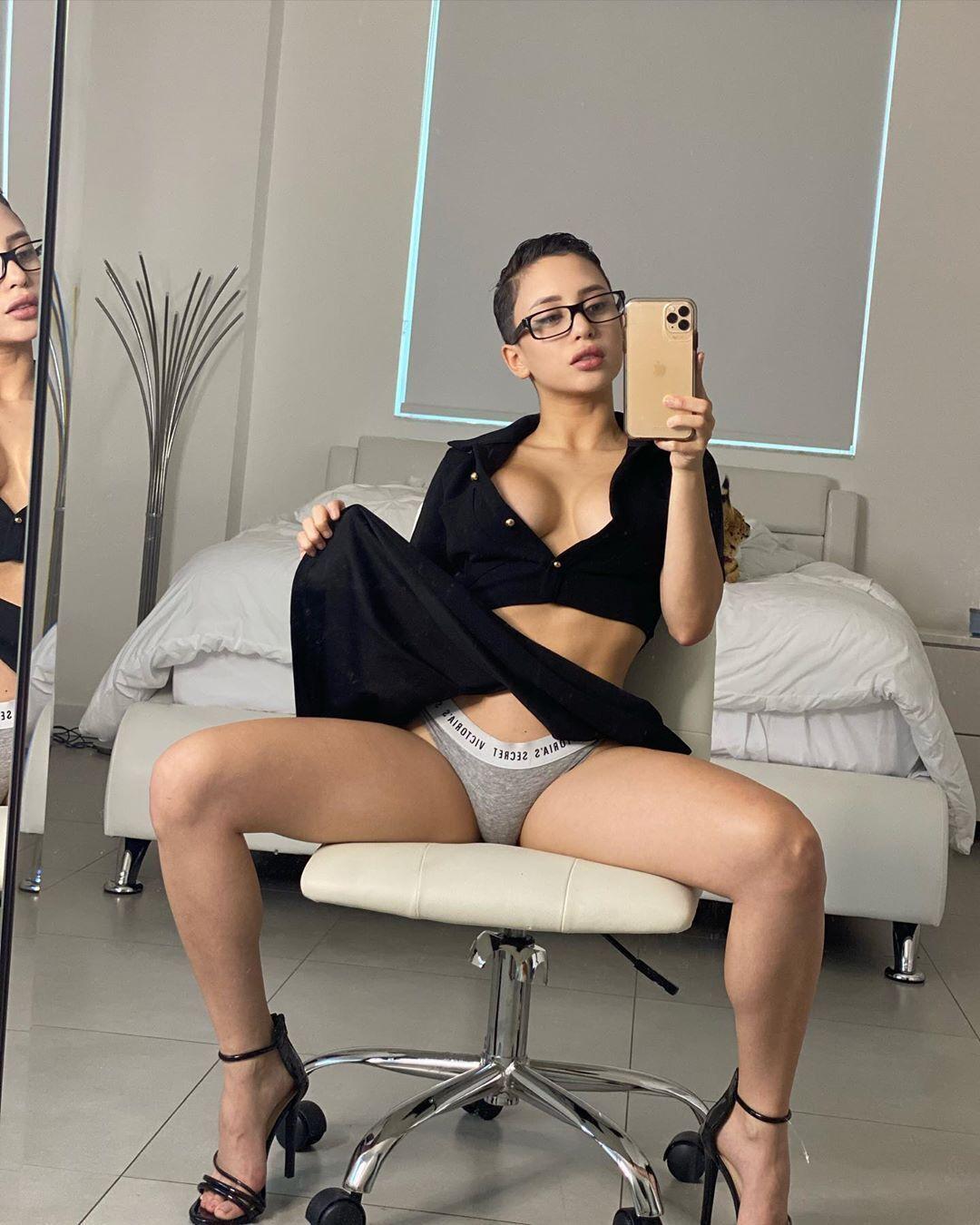Chica amateur de pelo corto onlyfans - Fotos chicas sexy desnudas - Fotos chicas sexy desnudas