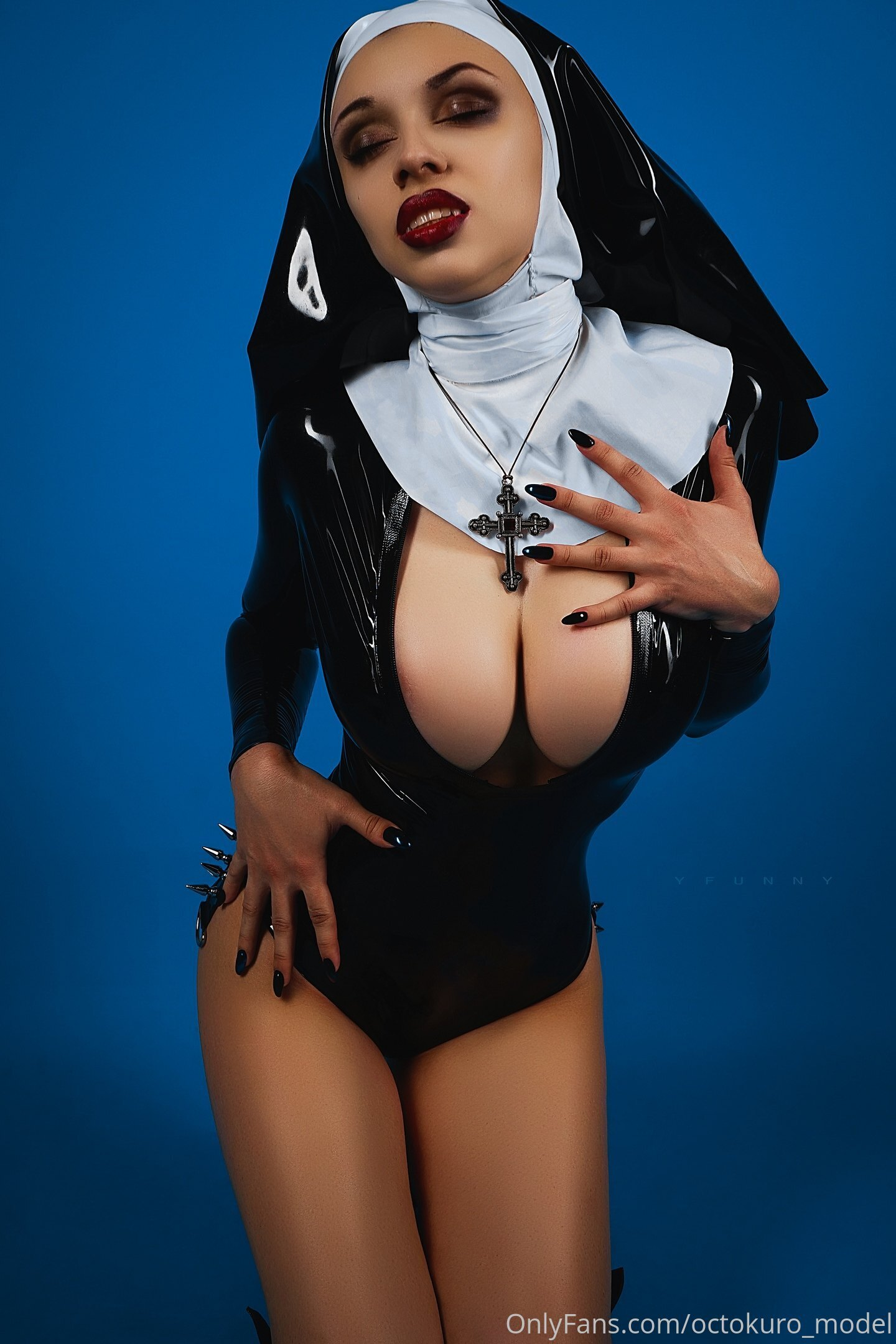 Tetonas cosplayer - Fotos Desnudos y sexo Gratis
