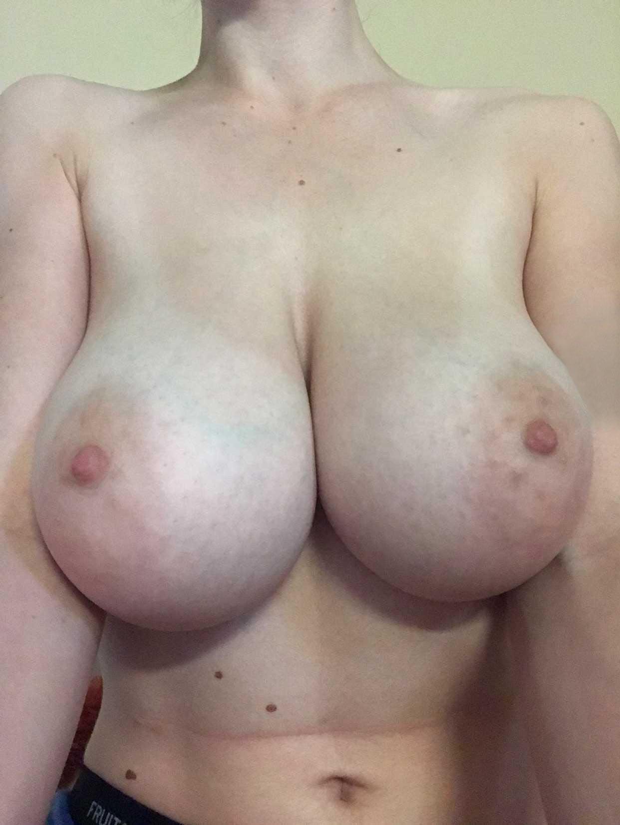 Amateur tetona  Fotos chicas con tetas grandes