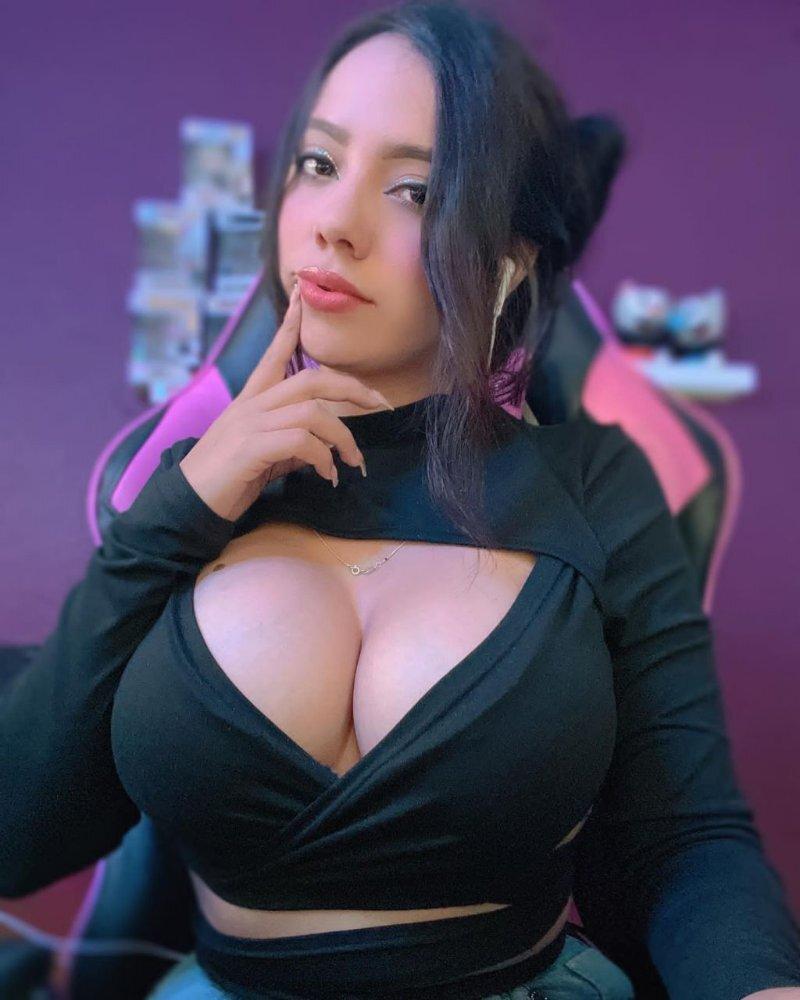 Chicas de MIPRIVI. fotos xxx robadas, chicas desnudas
