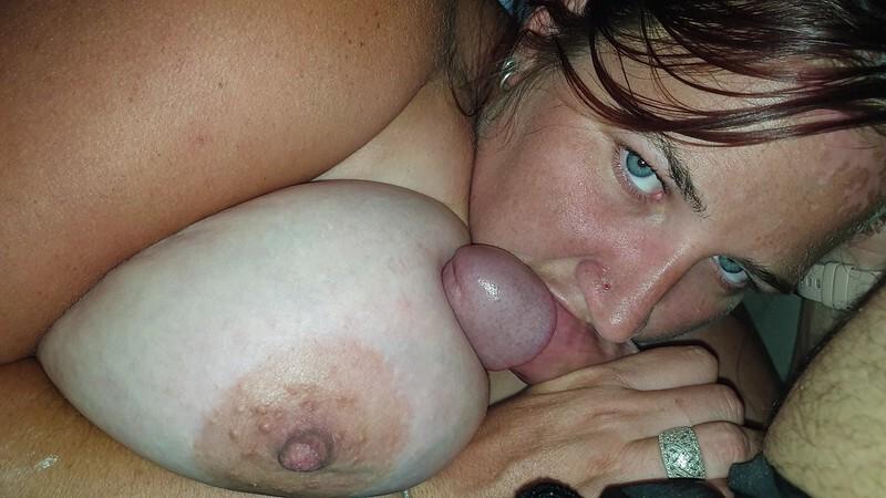Mi novia chupando y tragando lechita